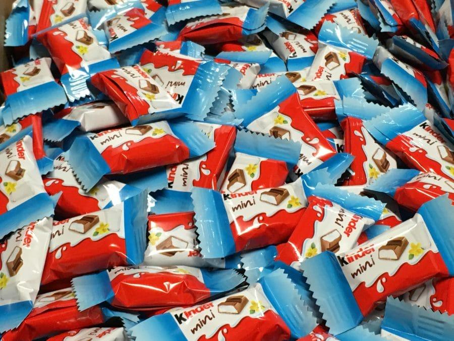 Kinder Maxi mini - yksittäispakattu pikkupatukka kindersuklaa -Karkkikuja