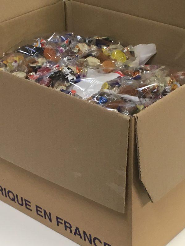 Penkkarikarkki - suurpakkaus yksittäispakattu penkkarikarkki makeissekoitus - Karkkikuja