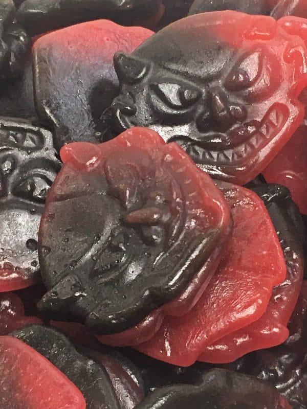 Vattulakupiru - hedelmäinen lakritsinaama - Karkkikuja