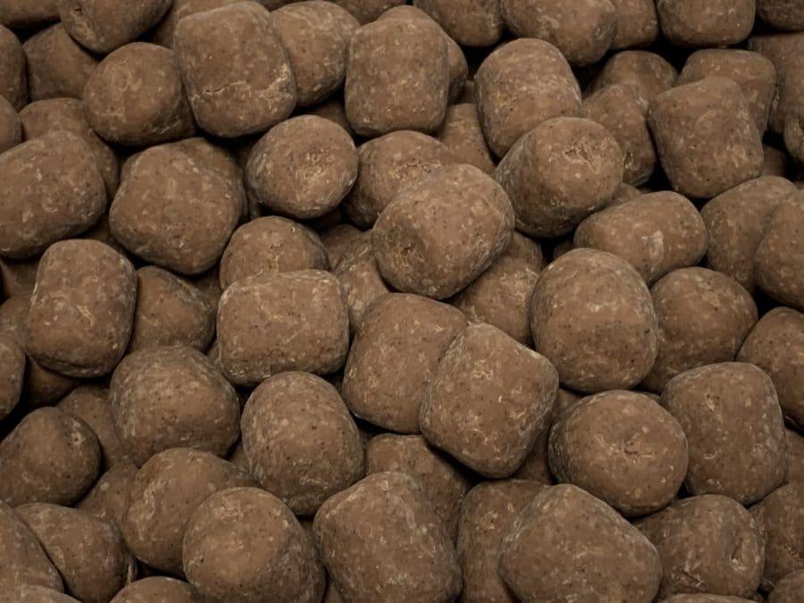 Maitosuklaa Kahvilaku - suklaakuorrutettu kahvin makuinen lakritsi - Karkkikuja