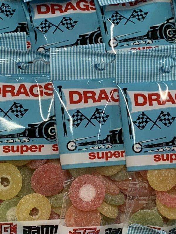 Dragster Super Sura - värikäs kirpeä hedelmäkarkki - Karkkikuja